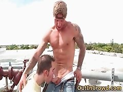 Muscual Gays having Sex on the Roof part4
