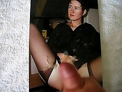 Tribute to mauersandy with cumshot over her beautiful pussy