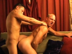 Experienced gays give each other incredible blowjob sex