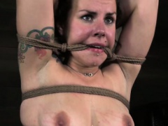 Roped up sub has her pussy punished