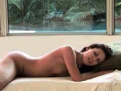 Soraya xxx adult solo very hot