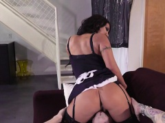 Hot Maid August Taylor Has Oral Sex With Bosss Guest