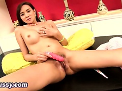 Solo Masturbating Brunette Teen Dildo Big Tits