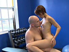 Thin babe convinced fucked in the gym for cash