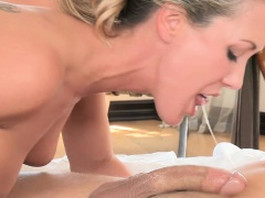 Lia Lor and Brandi Love horny threesome action in bed