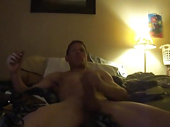 Str8 men jerk & cum watching porn