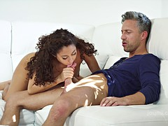 Experienced dude makes curly haired girl's pussy twitch with pleasure