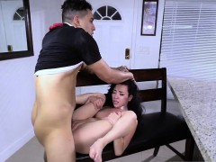 Teen threesome pussy When A Stranger Calls