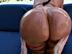 big ass whore sandra gets her ass oiled and worshipped