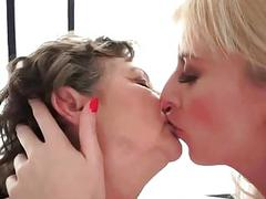 Young blonde loves chubby hairy granny