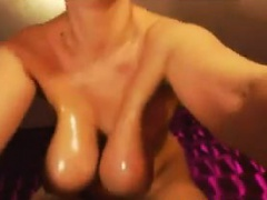 Chubby And Busty Cam Girl