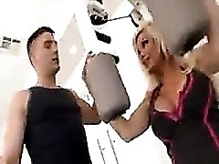 Diamond Foxxx fucked in the gym by trainer