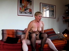 Short-haired mommy in stockings getting nailed by her hubby