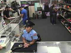 Brunette Latina gets pawned at the shop