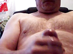 daddy bear jerking and eating cum