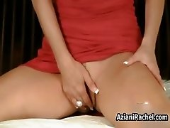 Busty bitch goes crazy with her fingers part1