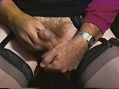Crossdressed in a quiet public park and masturbating