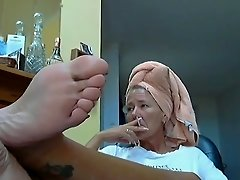 Hot Lady and her sexy Feet 3